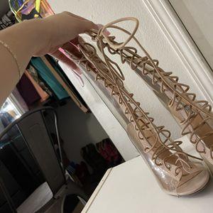 Heels Size 6.5 for Sale in Rialto, CA