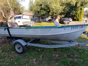 1970 Mirrorcraft 12ft Aluminum Boat, 1999 Calkins Trailer. for Sale in Redmond, WA