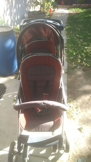 Chicco 2 kid stroller for Sale in San Bernardino, CA