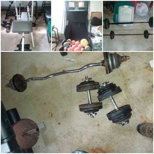Ez curl bar and weights. for Sale in Penfield, NY