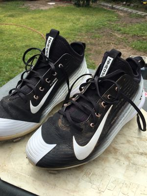 Nike vapor lunarlon Mike Trout baseball shoes used , size 9 1/2 for Sale in Fullerton, CA