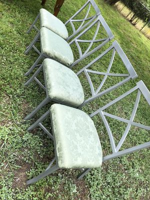 4 metal chairs for Sale in Arlington, TX