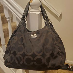 USED COACH PURSE for Sale in Pickerington, OH