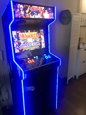Arcade multicade cabinet with more than 17,000 classic games from over 60 systems for Sale in Brooklyn, NY