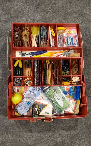 Fishing tackle box B for Sale in Los Angeles, CA