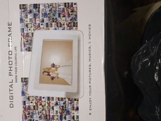 Digital Photo Frame for Sale in Fort Washington,  MD