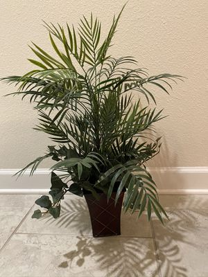 Artificial plant 24 in for Sale in Kissimmee, FL