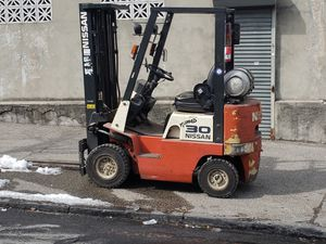 2010 Forklift JC30 Nissan LPG for Sale in Bronx, NY