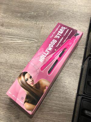 Hair straightener & Enzo Milano Gio 2 for Sale in San Dimas, CA
