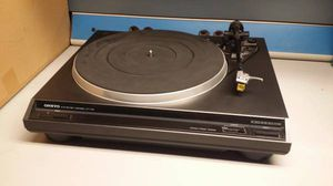 Vintage Onkyo Auto Return Turntable CP-1114A RECORD PLAYER TURNTABLE for Sale in Mesa, AZ