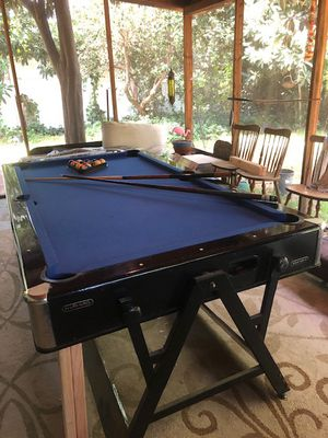 Pool table/(flip-side) Air Hockey table for Sale in Los Angeles, CA