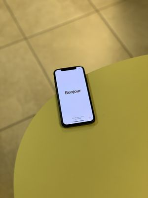 UNLOCKED Apple iPhone X 256GB for Sale in Phoenix, AZ