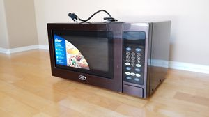Microwave - Oster Coutertop 0.9 Cu. Ft. for Sale in Ladera Ranch, CA