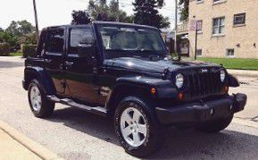 2OO7 Jeep Wrangler Sahara Steering controls for Sale in San Francisco, CA
