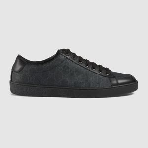 Men's Canvas and Leather Gucci Sneaker for Sale in Glenn Dale, MD