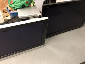 (2) Panasonic TVs for Sale in Allen, TX
