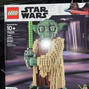 LEGO STAR WARS YODA for Sale in Boring, OR