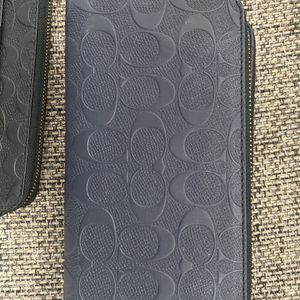 Wallet ( Coach) for Sale in Miami, FL