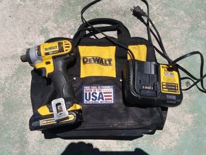 "DeWalt 1/4"" Impact Drill Driver Kit for Sale in Lakeland, FL"