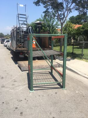 Metal shelve for Sale in Los Angeles, CA