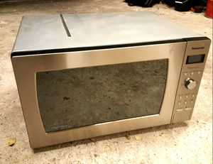 Panasonic microwave for Sale in Austin, TX