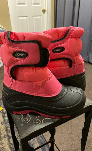 Like New Khombu Toddler Girl Size 2 Snow Boots for Sale in Carson, CA
