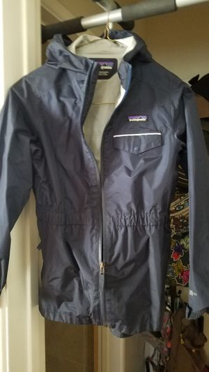 $40 Or best Offer FOR A NEW $119 JACKET!!! PATAGONIA TORENT SHELL WIND JACKET. ITS COLD AT NIGHT! DRESS YOUR KID IN SOME NICE STUFF FOR CHEAP! for Sale in Monterey Park, CA