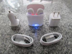 Brand New Wireless Bluetooth Headphones Earbuds Airpods for Iphone and Android for Sale in Lawndale, CA