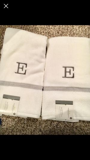 2 bath towels Set / new for Sale in Crownsville, MD