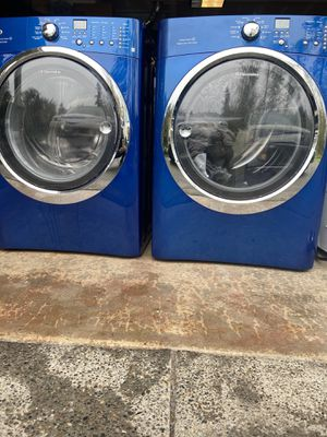 Washer and Dryer Set (Electrolux) for Sale in Federal Way, WA