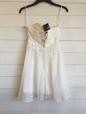 Short white chiffon wedding dress - brand new for Sale in Seattle, WA