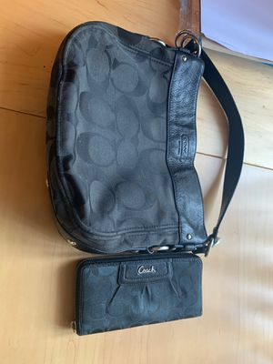 Coach bag and wallet for Sale in Tualatin, OR