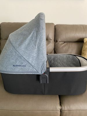 Uppababy bassinet for Sale in Commerce, CA