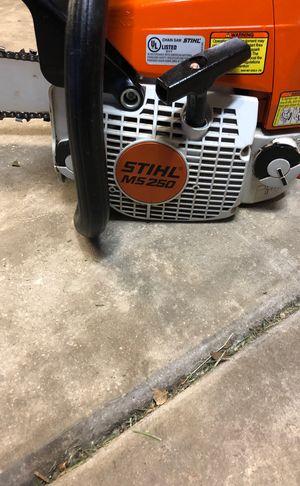 Stihl ms250 chainsaw for Sale in Naperville, IL