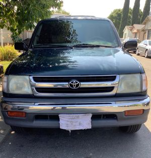 1998 TOYOTA TACOMA PICKUP, Dark green. Good condition. for Sale in Vacaville, CA