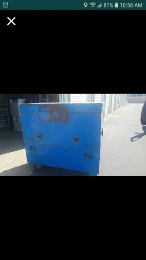 greenlee 60 inch piano job box with casters. for Sale in Tracy, CA