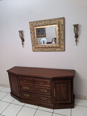 Lexington Buffet Table Cherry Wood Server for Sale in Miami, FL