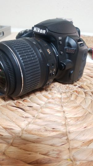 Nikon D3100 for Sale in Ceres, CA