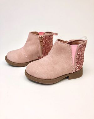 Toddler Girl Size 5 Ankle Boot for Sale in Burnsville, MN