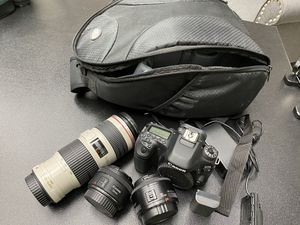 Canon 80D DSLR Camera with 3 lenses for Sale in San Antonio, TX