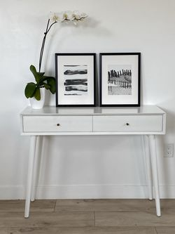 Hallway Console Table for Sale in Los Angeles,  CA