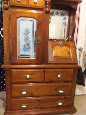 Dresser. for Sale in Fort Meade, FL