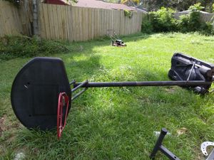 Basketball Hoop for Sale in Valrico, FL