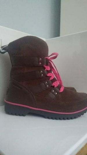 Sorel snow boots for kids for Sale in West Hartford, CT