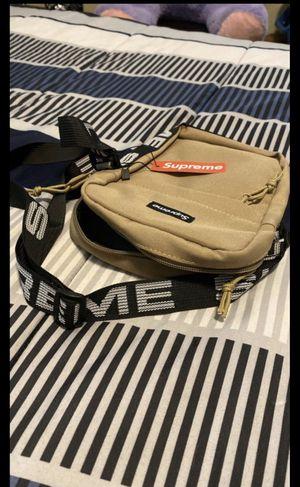 Supreme bag for Sale in Lakeland, FL