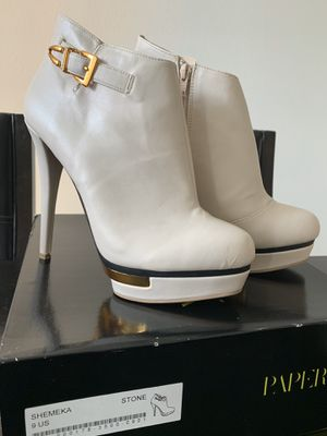 Boots size 9 for Sale in Miami, FL