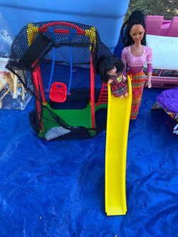 Barbie and Kelly with swing set for Sale in Calabasas,  CA
