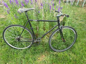 700cc road bike for Sale in Mesa, AZ