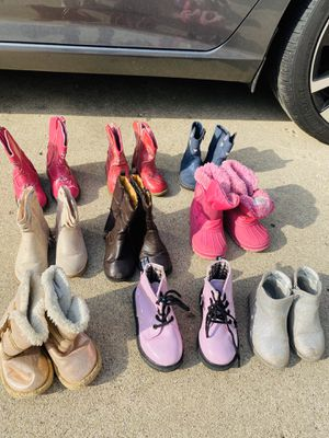 Lot of girls boots size 6-7 for Sale in Streamwood, IL