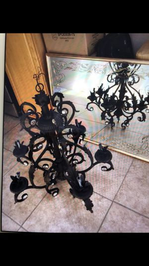 Antique Oil brushed bronze five light chandelier for Sale in Montebello, CA